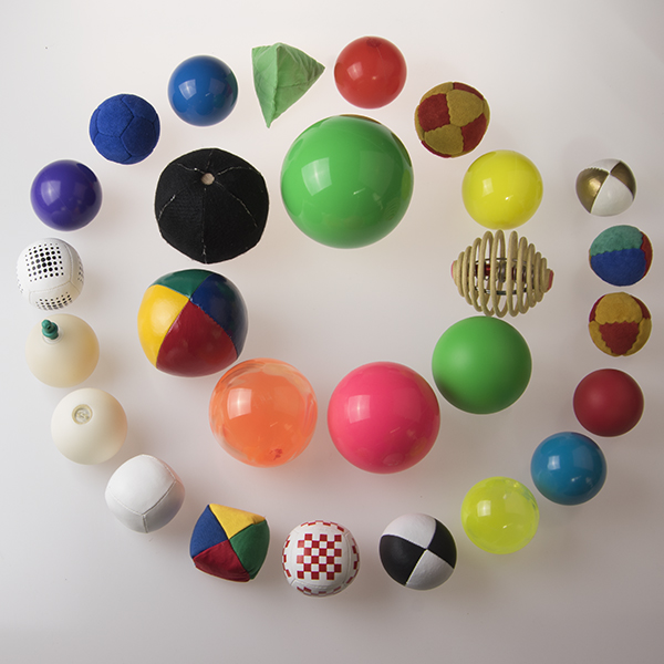 View: all juggling balls