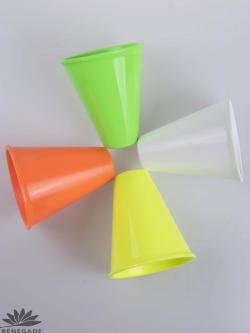 Colored shaker cups